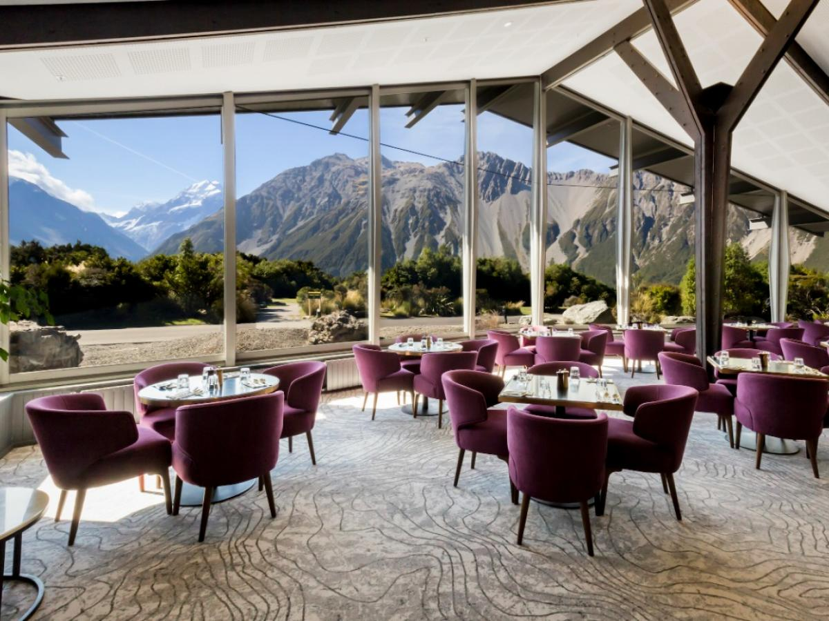 Phenomenal Southern Alps Meeting Space image 2