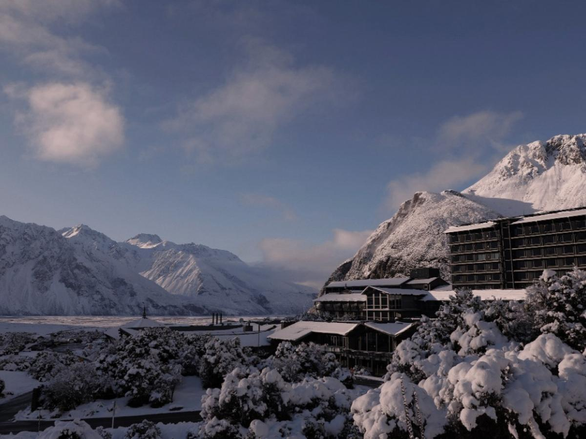 Phenomenal Southern Alps Meeting Space