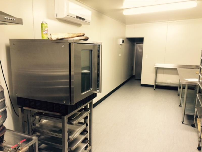 Commercial kitchen for lease image 2