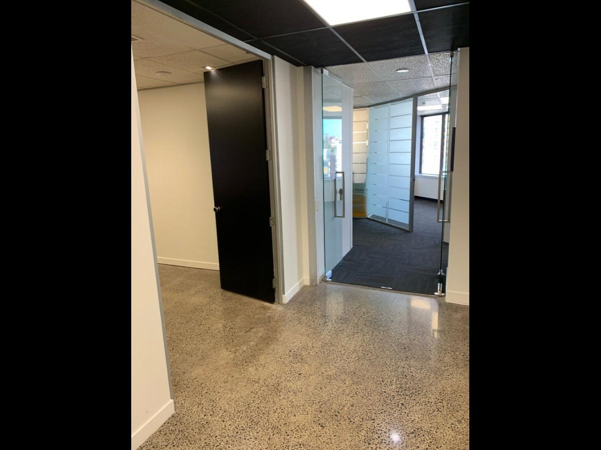 Secure Offices - Affordable Rates image 9